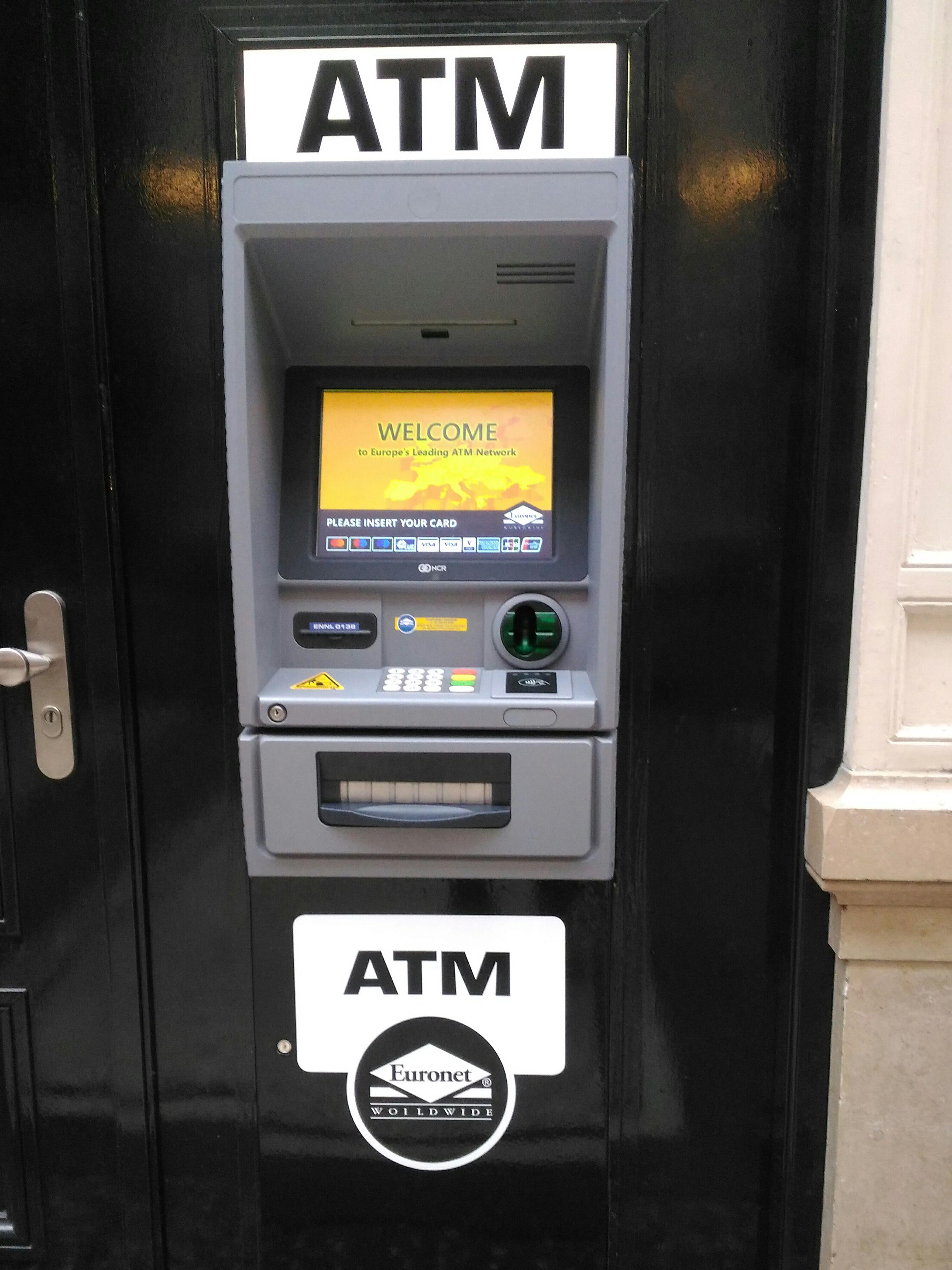 Pagare in viaggio? Non con questi bancomat.